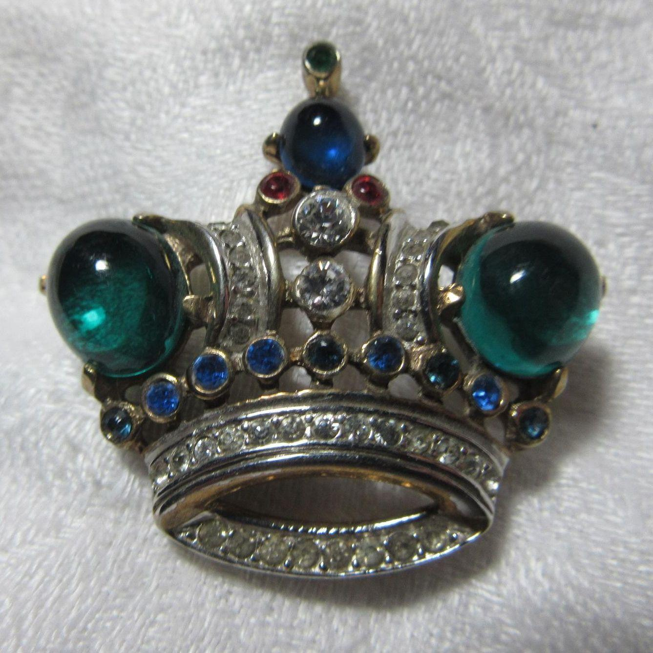 Crown Trifari Crown Pin With Patent Design Number