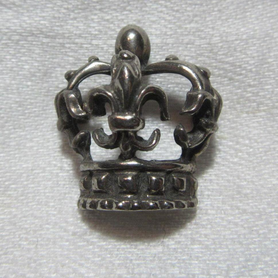 Silver Metal Crown Pin