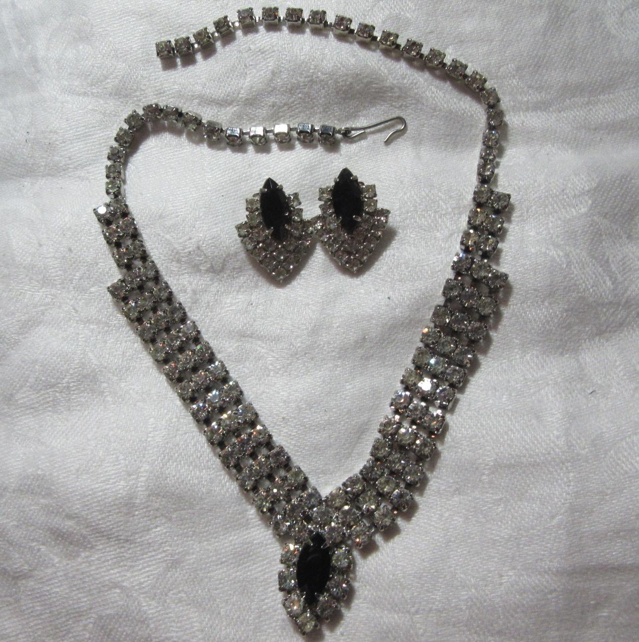Rhinestone & Black Necklace Earring Set