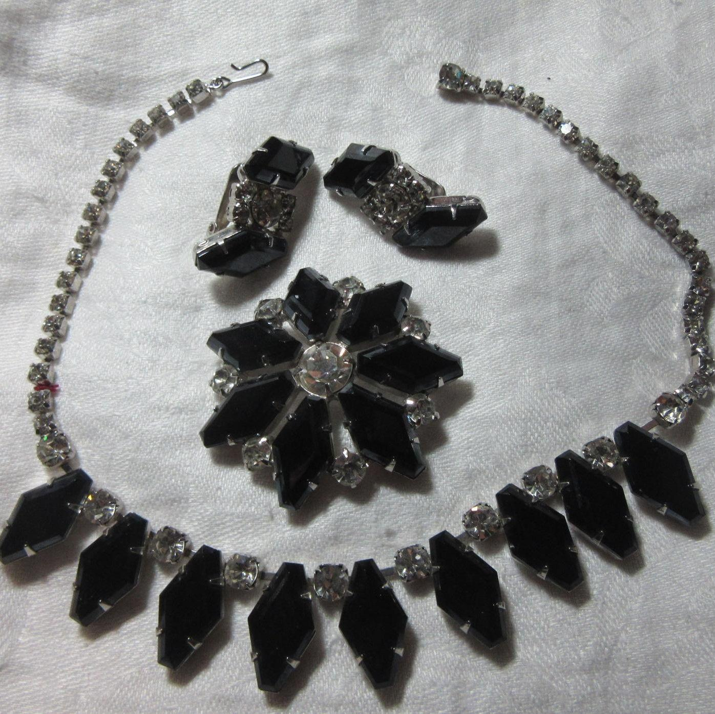 Black & Rhinestone Necklace Brooch &  Earring Set Parure