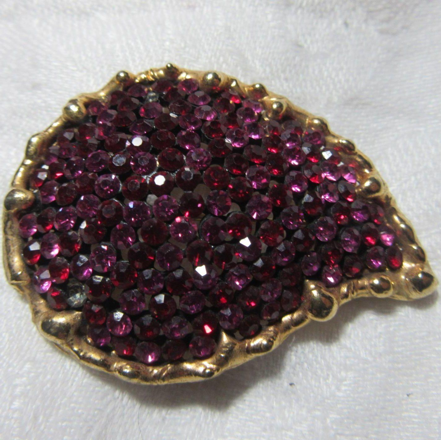 R Robert Mandle Signed Fuschia Pink Rhinestone Brooch