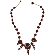 Fine Garnets Necklace With Dangles