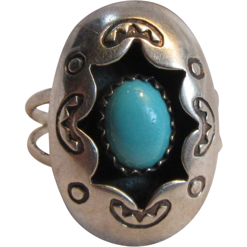 Native American Shadow Box Zuni Signed Ring