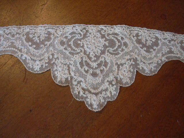 Old Ecru Fine Lace Bodice Piece