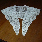 Old Lace Collar