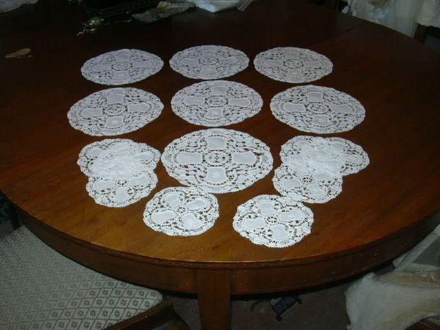 Set 15 Linen & Crochet Lace Rounds