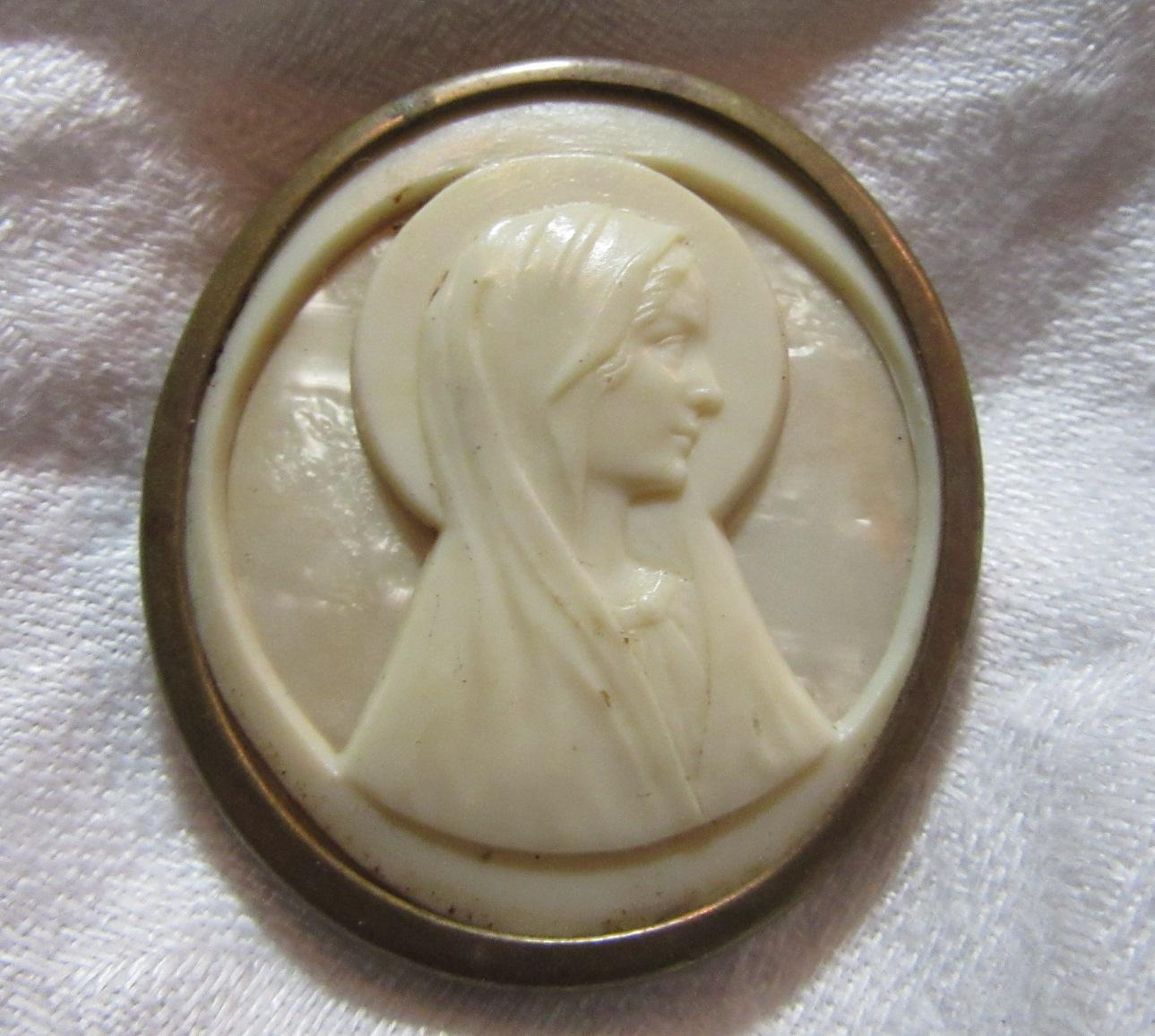 Faux Ivory Mary Medal Cameo
