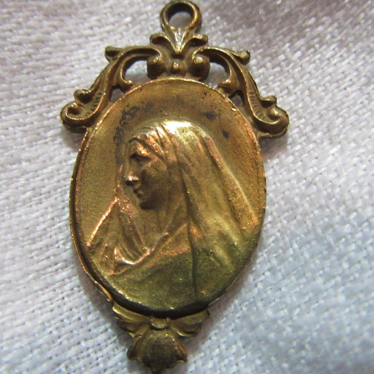 Virgin Mary Our Lady of Sorrows and Jesus & Cross Catholic Medal
