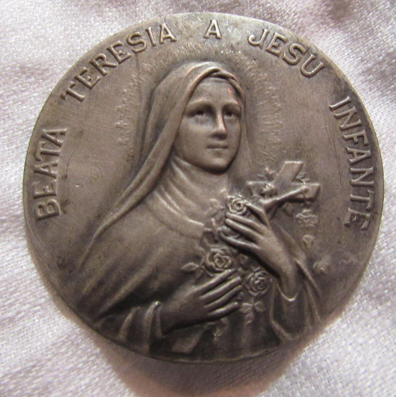 Old St therese Of Lisieux Medal Medallion
