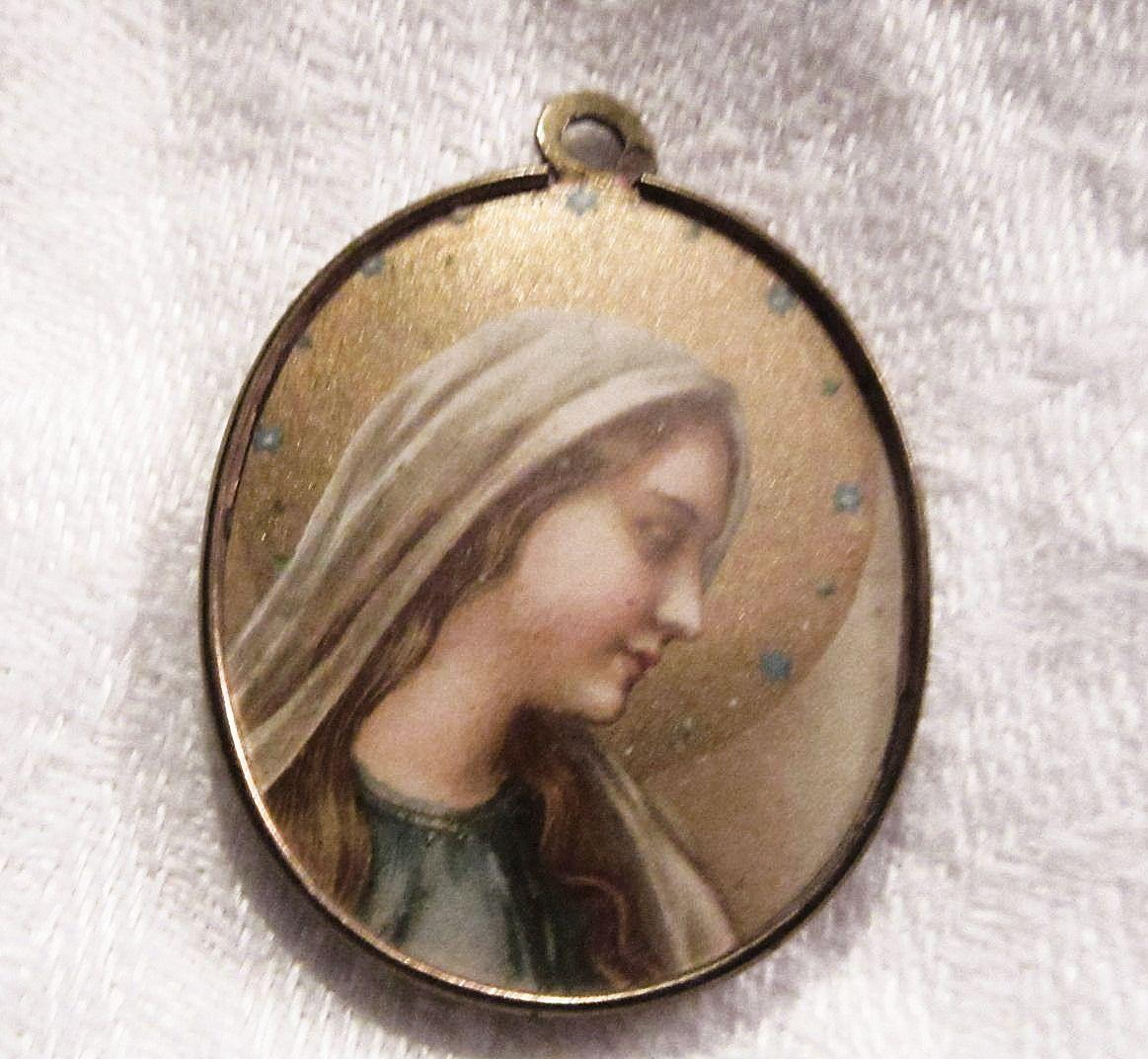Virgin Mary Madonna Jesus Two Sided Art Medal