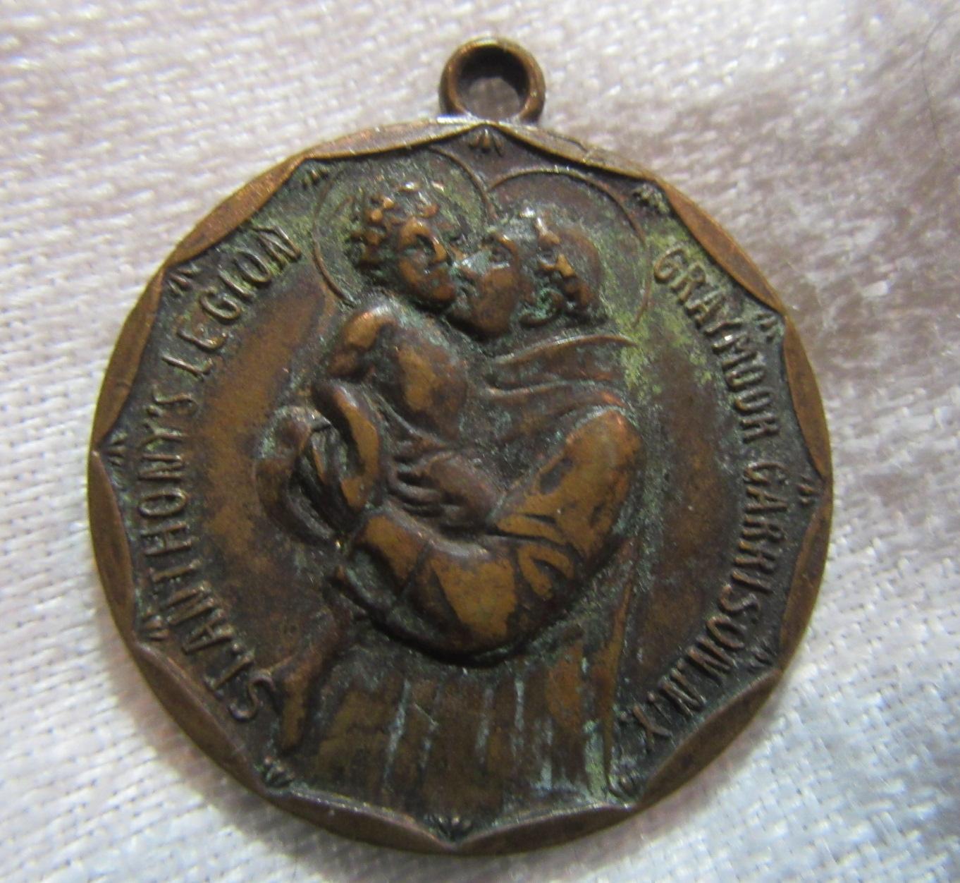 St Anthony Legion Large Medal Graymoor Garrison NY Shrine Medallion