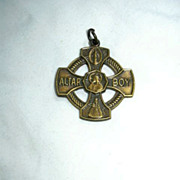 Altar Boy 3 Way Medal
