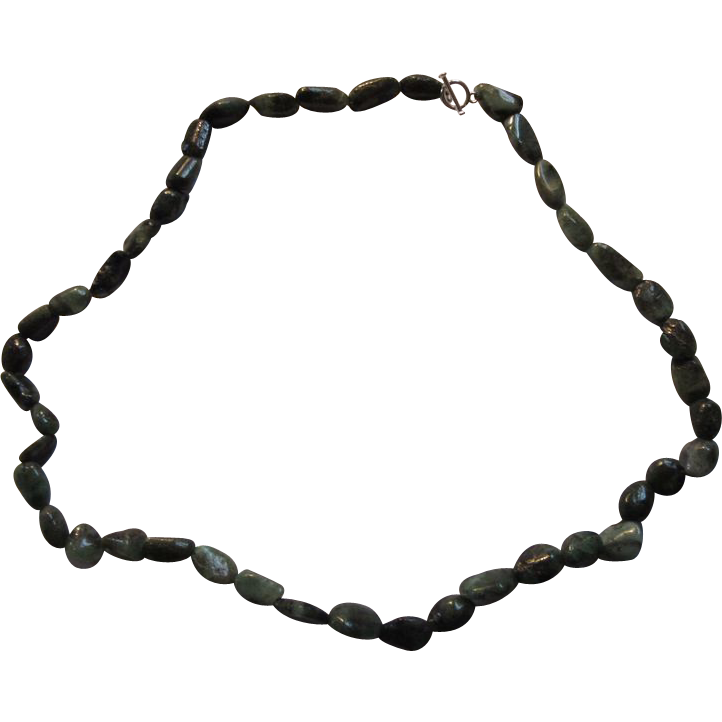 Polished Emeralds Rock Beads Necklace