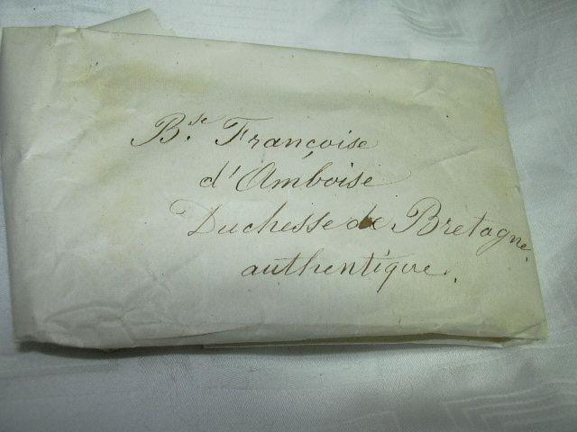 St Francoise D'Amboise Paper Reliquary