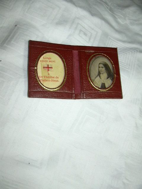 St Terese Lisieux Pocket Reliquary