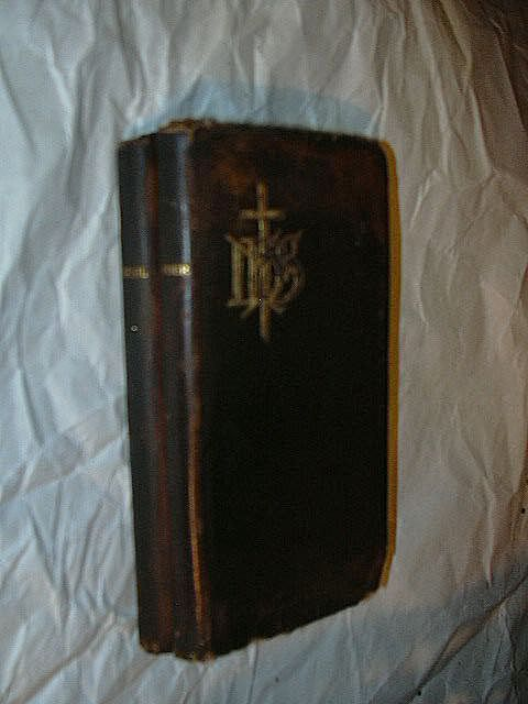 1897 Set Antique Leather Book Of Common Prayer & Hymnal Eyre & Spottiswoode