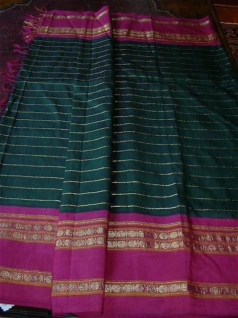 Vintage Indian Sari Fine Textile Fabric Of India Decorator & Ethnic Middle Eastern Clothing