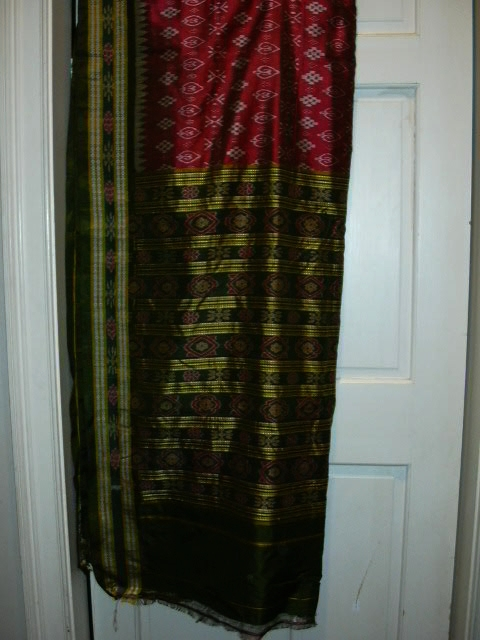 Vintage Indian Sari Fuschia Wine & Green Fine Textiles Fabric of India