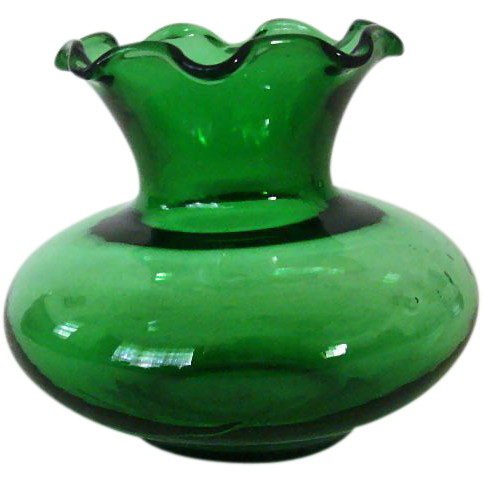 Familiar Forest Green Ruffled Vase