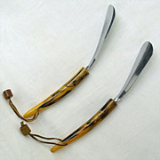 Matching Pair Vintage Shoe Horns With Marbled Handles