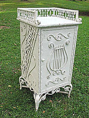 Rare Ornate Victorian Antique Wicker Sheet Music Stand