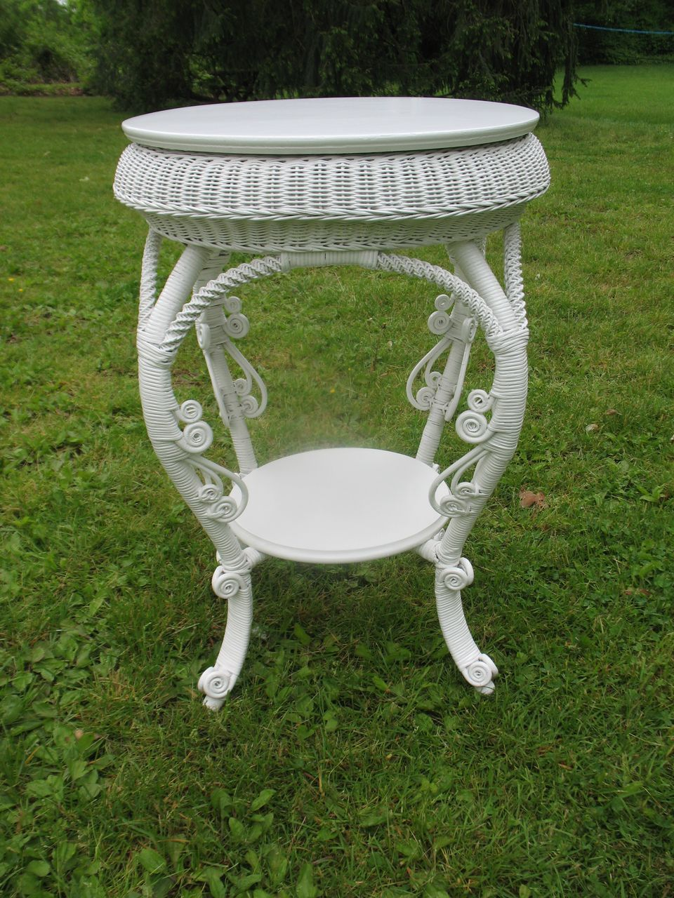 Antique Round Victorian Wicker Table Circa 1890 S From