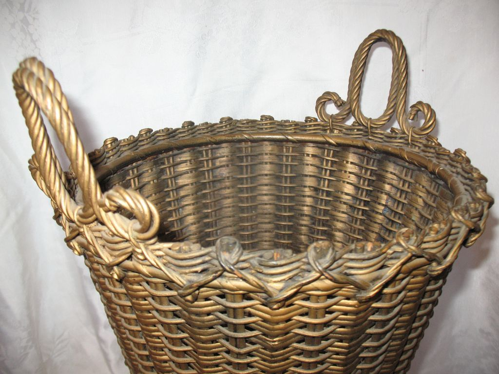 Victorian Wicker Basket