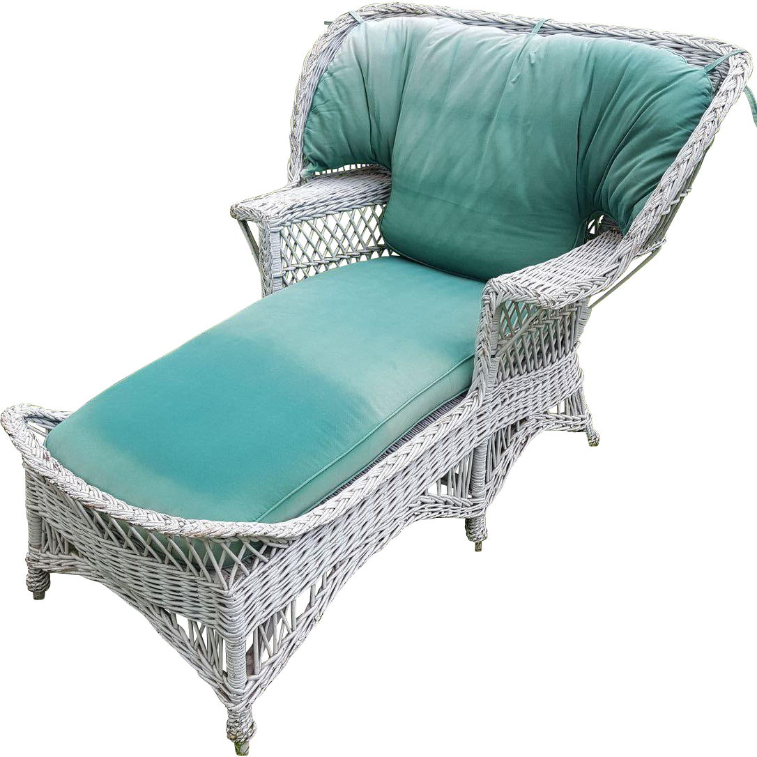 Very rare vintage bar harbor wicker wing back chaise for Cane chaise longue