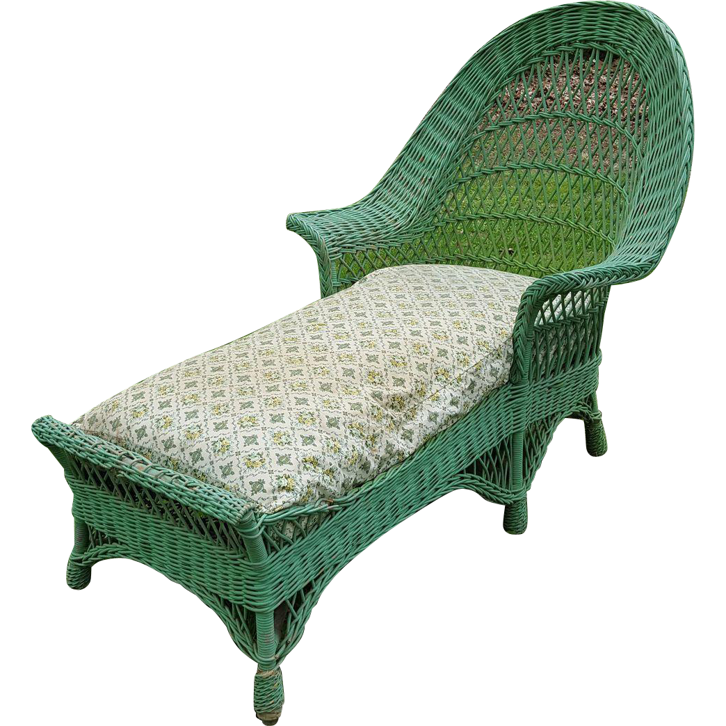 Bar harbor wicker chaise lounge circa 1920 39 s from dovetail for 1920s chaise lounge
