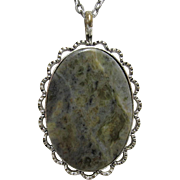 "Necklace with Gray Moss Agate Pendant 18"" Chain"