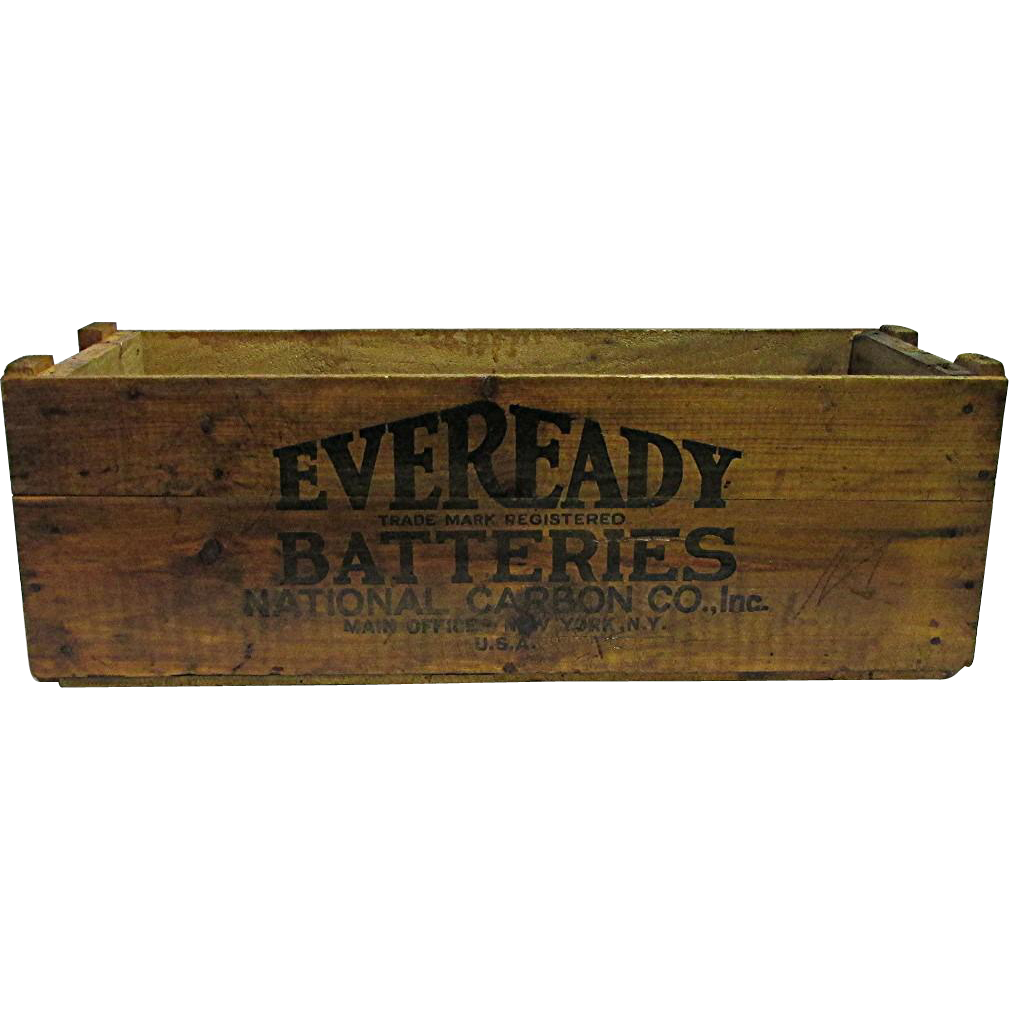 Eveready  Batteries Wood Advertising Box Large
