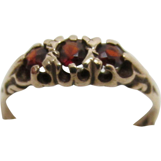 Ring Three Matching Garnets 9 Carat Gold