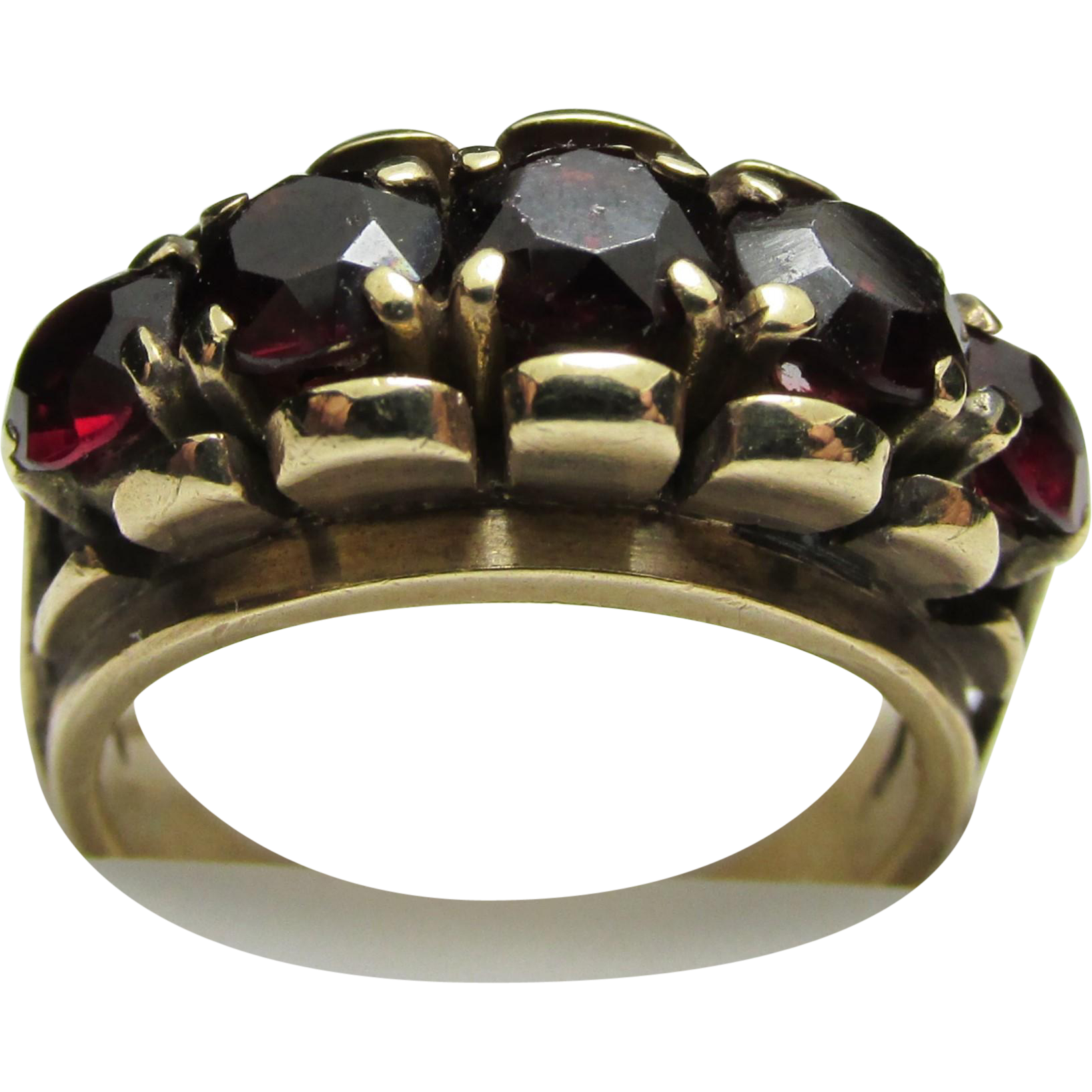 Antique Ring Five Matching Garnets 12 Carat Gold Size 3 3/4