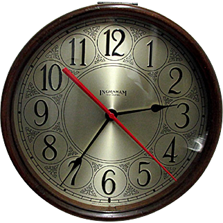 "13"" Diameter Ingraham Mahogany Wall Clock Keeps Time"
