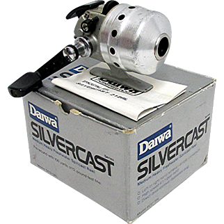 Daiwa Silvercast 208RL Fishing Reel with Box