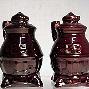 Salt and Pepper Shaker Set Red Clay Pot Belly Stoves