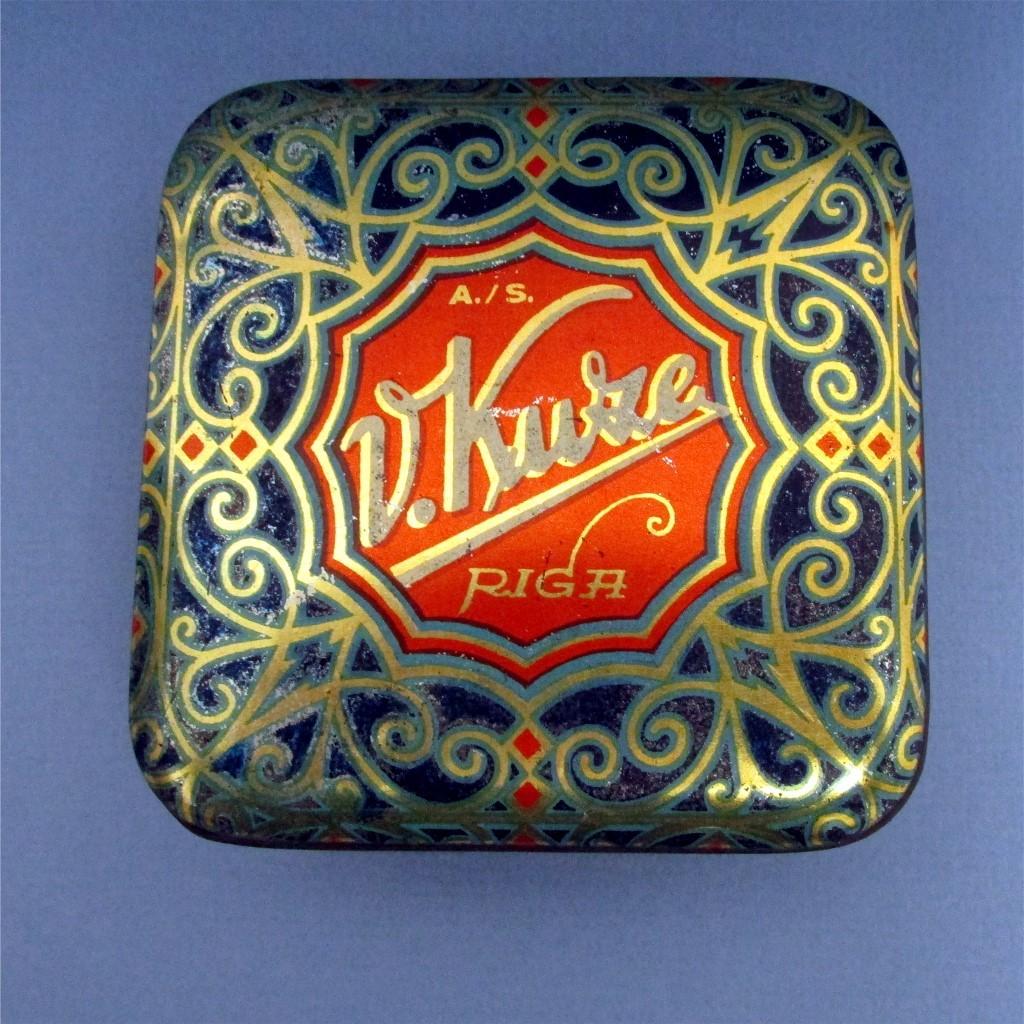 Candy tin art nouveau and gold leaf decoration from drury for Art nouveau decoration ameublement