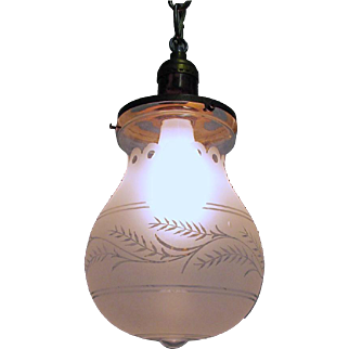 Hall Lamp Antique Pendant Light with Frosted and Etched Balloon Shape Glass Globe
