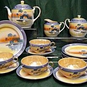 Lusterware Porcelain  Luncheon or Dessert Set Service for 4