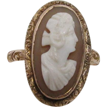 Cameo Ring Chester 1917 9 Carat Gold Size 9