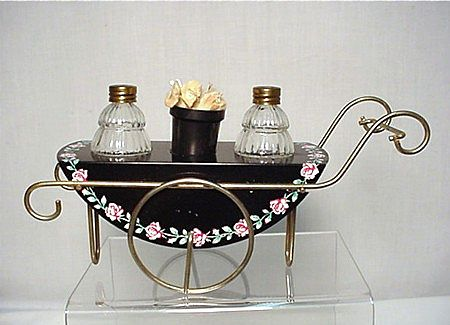 Salt and Pepper Set Metal Flower Cart With Glass Shakers
