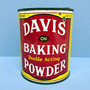 Davis  1 1/2 Pound Baking Powder Advertising Tin