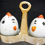 Lusterware 3 Piece Novelty Salt and Pepper Set