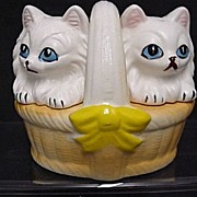 Salt and Pepper Shakers Kittens in Basket