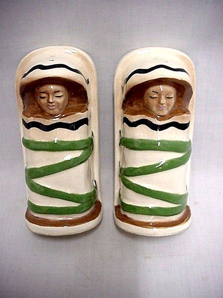 Salt and Pepper Set Indians in Papoose Shakers