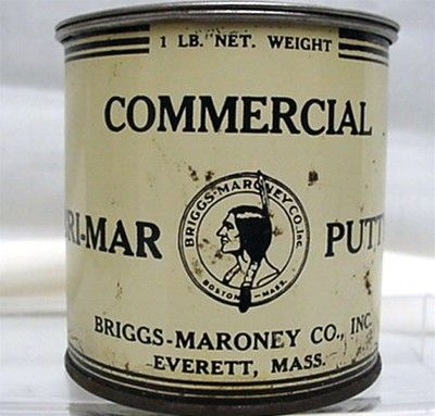 SOLD    Briggs  Maroney Everett  and Boston Massachusetts Advertising Tin
