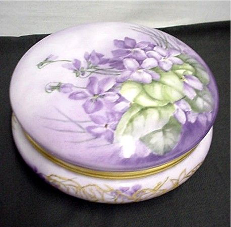 Limoges Porcelain Covered Dish Circa 1892 - 1917