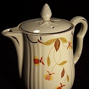 Jewel Tea Autumn Leaf 9 Cup Coffee Pot/Iced Tea Pitcher with LId