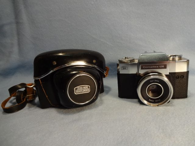 Zeiss Ikon Contaflex 126 SLR Camera and Case
