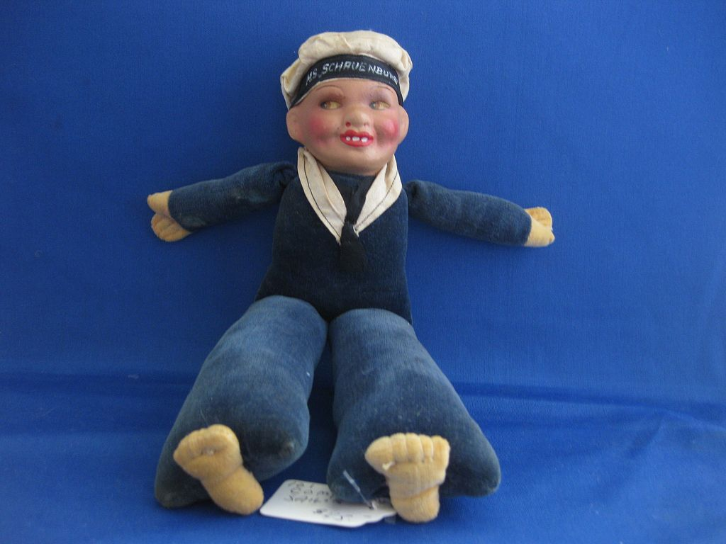 Composition Sailor Doll